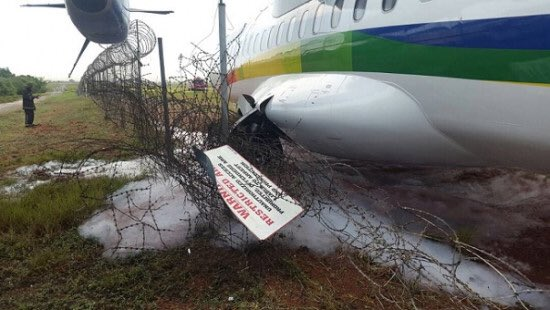 Starbow plane crashes at Kotoka International Airport.jpg