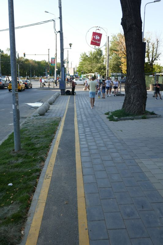 Bucuresti, 13 august  012.jpg