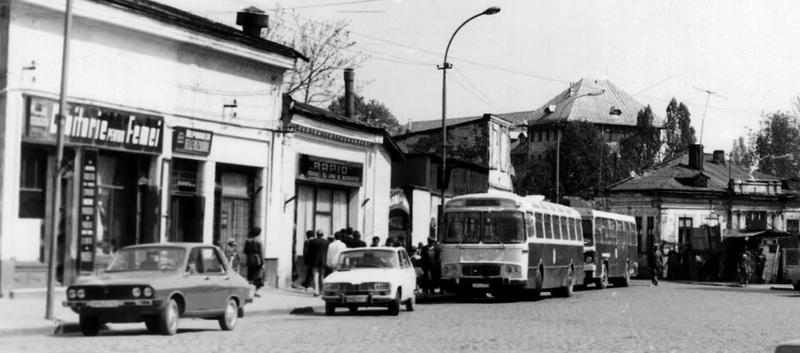 Mijloace de transport ale Ploiestiului de altadata  Ik4_i_sm_11_la_ploiesti_ph_in_1982_107
