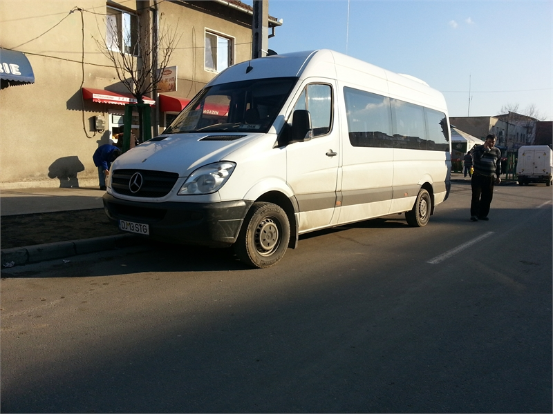 Mercedes-Benz Sprinter 515.jpg