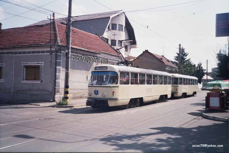 or1-101 (ex 1224-2115) Olimpiadei str heading Olosig station 07.08.2004.jpg