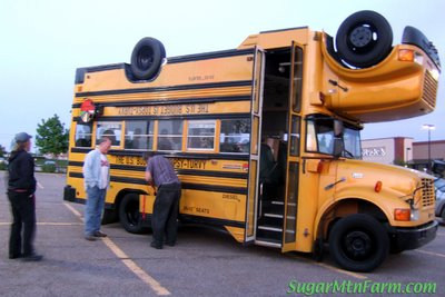 Upside-down double bus 2.jpg